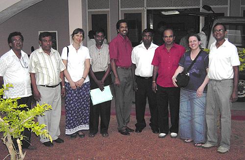 Mitglieder-des-LC-Hikkaduwa-mit-dem-deutschen-Koordinatorenteam